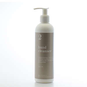 Purely Professional hand cleanser 2